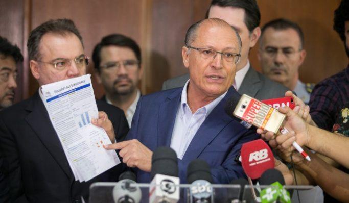 Em ano de eleição, Alckmin anuncia tímido reajuste aos servidores