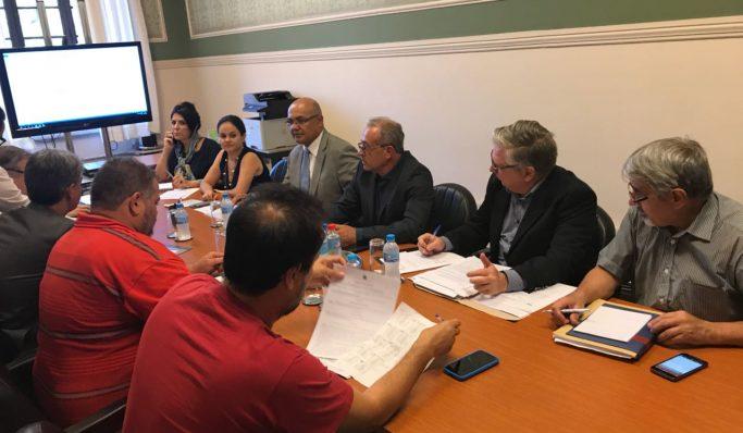 Apatej discute Plano de Cargos e Carreiras com representantes do Tribunal de Justiça