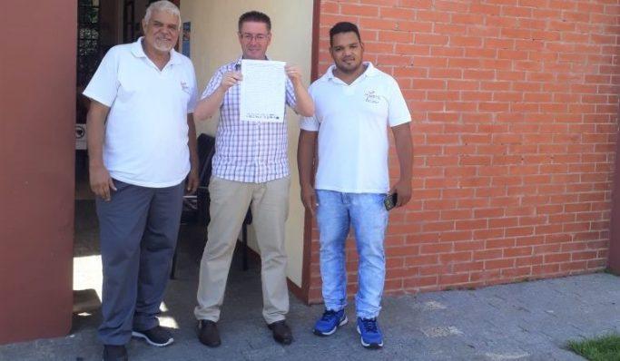 Diretoria da Apatej colhe assinaturas e pede nível universitário para o escrevente