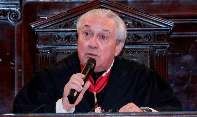 Presidente do TJ-SP quer rever pagamento a juízes por serviços extras