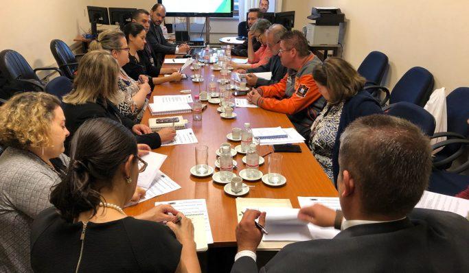 Apatej participa de reunião que discute vagas para Processo de Remoção