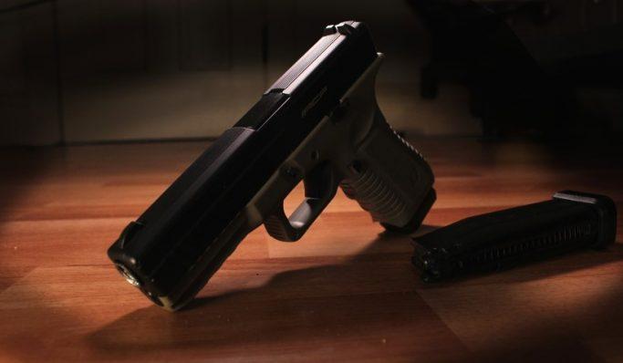 Para CNJ, nada impede que juiz conduza a audiência armado